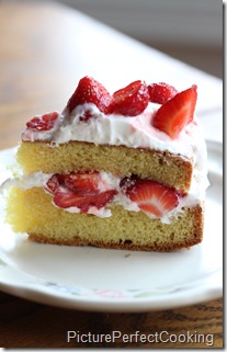 Strawberry Country Cake